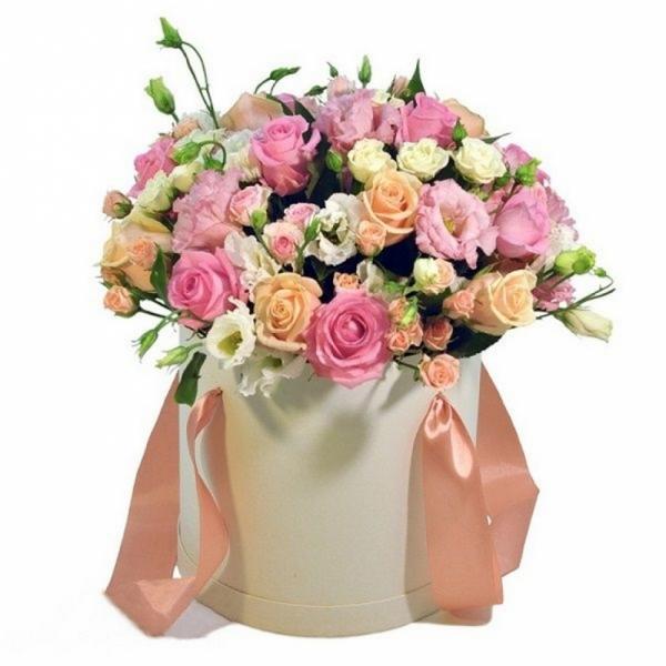 558. Коробочка с цветами