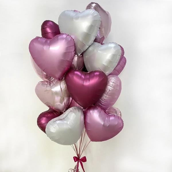 601. Фонтан из шаров сердечек