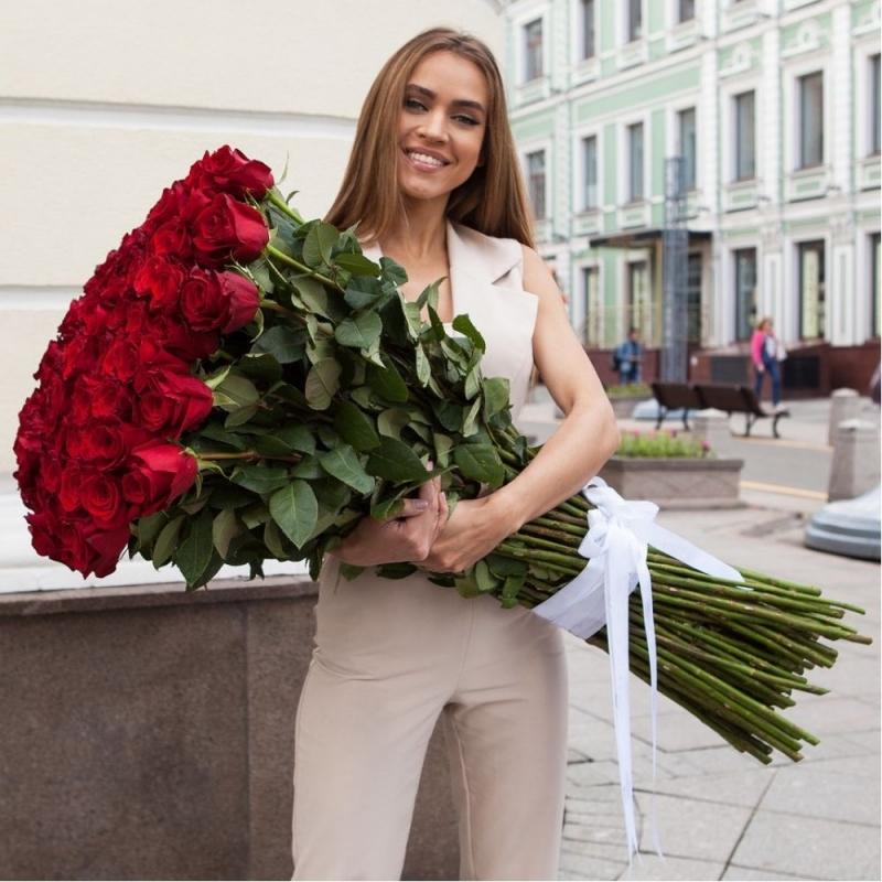 Розы гиганты Explorer 80-90см