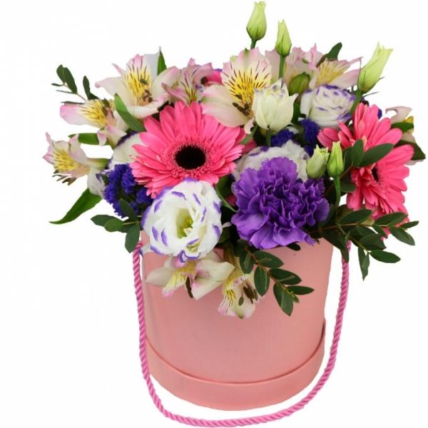 559. Коробочка с цветами